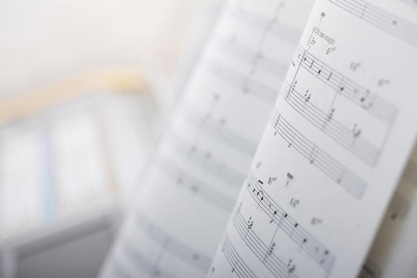 音楽教室のオリジナル教材、印刷にかかる費用はどのくらい?