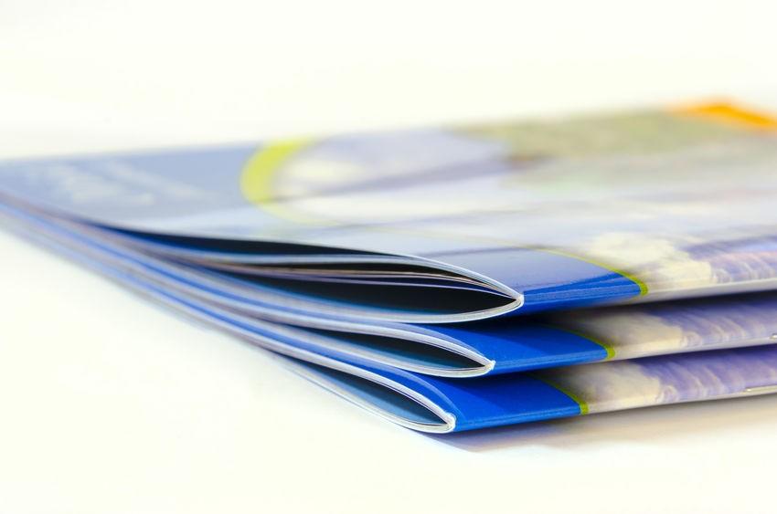 社内報・会報の印刷にかかる費用はどのくらい? おすすめの製本や紙もご紹介