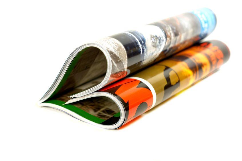 冊子印刷 表紙のPP加工で、水濡れや汚れに強い本に早変わり!