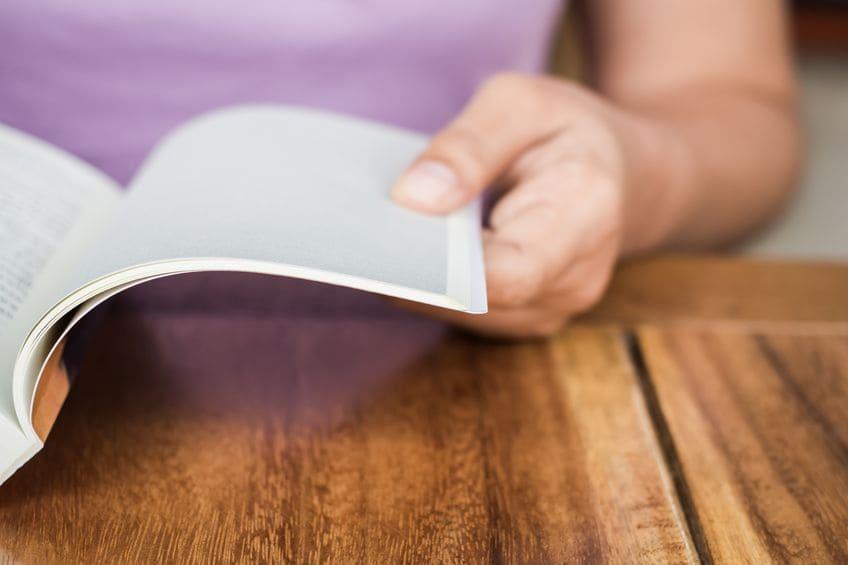 本、冊子の「適切な文字の大きさ」とは?読みやすさ、読みたい気持ちを左右するフォントサイズ