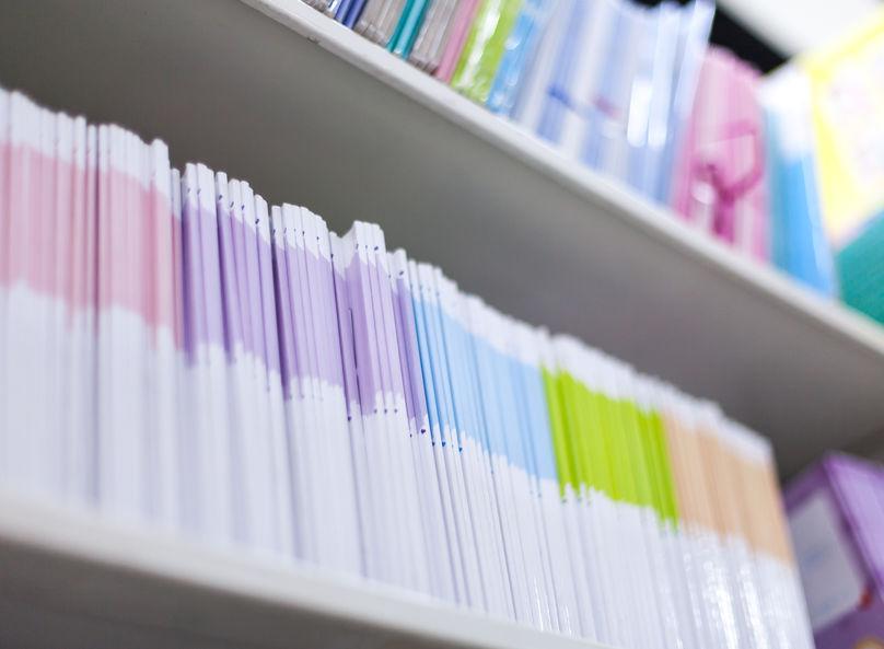 冊子印刷を安くする方法|一部がカラーページの場合