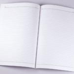 オフセット印刷と無線綴じ製本で作成した小冊子(ノート)を開いた本文の見開きデザインがわかる画像です。