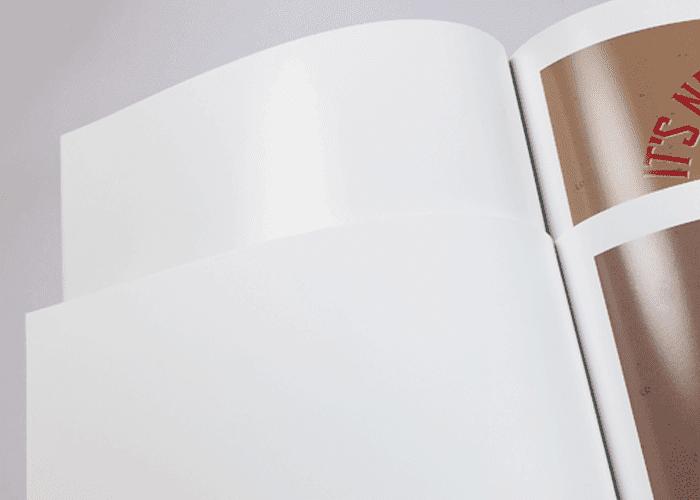 反射のないマット紙でもトナーによる光沢は生じます